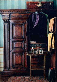 Ralph Lauren Home Anglesey Collection 5 - Wardrobe English Country Manor, English Style, Gentlemans Quarters, Ralph Lauren, New England Style, Town And Country, Equestrian Style, Office Interiors, British Style