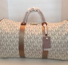 MICHAEL KORS NEW TRAVEL DUFFLE IN VANILLA NWT PVC JUST RELEASED