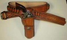 Old Trading Post – 1936 Hollywood Apache Scout Cartridge Gun Belt and Single Loop Holster(s)