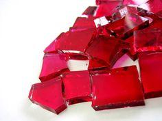 Pedras de vidro ROSA PINK utilizadas para confecção de Mosaicos ,Bijuterias e/ou outras aplicações decorativas/ artesanais Pacotes de 50 G com pastilhas de vidro texturadas em vários formatos. * vidro c/ corte / pintura a frio  ROSA PINK  TRANSPARENTE R$ 6,50