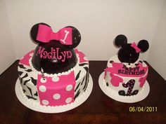 Minney Mouse Cake Adorable!!
