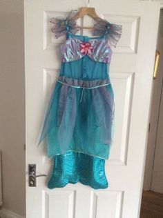 Girls The Disney Store Little Mermaid Aerial Dressing Up aged excellent con The Little Mermaid, 9 And 10, Dress Up, Costumes, Summer Dresses, Best Deals, Store, Disney, Girls