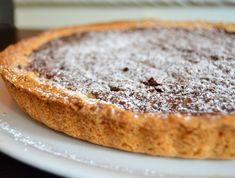Nutella and mascarpone tart with thermomix, a recipe for a delicious chocolate tart, easy to make with thermomix for a dessert or a gourmet snack. Dessert Au Nutella, Nutella Cake, Nutella Recipes, Chocolate Chip Recipes, Dessert Thermomix, Mascarpone Cake, Delicious Chocolate, Food And Drink, Snacks