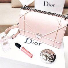 Xud xka Dior Purse Ideas of Dior Purse Xud xka - Dior Bag - Ideas of Dior Bag - Xud xka Dior Purse Ideas of Dior Purse Xud xka Dior Handbags, Handbags On Sale, Louis Vuitton Handbags, Purses And Handbags, Dior Bags, Ladies Handbags, Womens Purses, Denim Handbags, Small Handbags