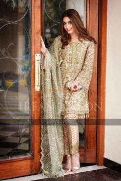 MAYA ALI Light Party Wear And Formal Wear at Retail and whole sale prices at Pakistan's Biggest Replica Online Store Pakistani Party Wear Dresses, Shadi Dresses, Pakistani Wedding Outfits, Pakistani Dress Design, Indian Dresses, Pakistani Engagement Dresses, Pakistani Dresses Online Shopping, Nikkah Dress, Lehnga Dress