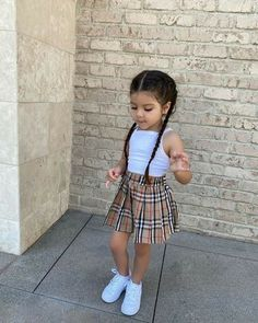 Cute Little Girls Outfits, Kids Outfits Girls, Toddler Girl Outfits, Baby Outfits, Toddler Girl Style, Cute Kids Fashion, Little Girl Fashion, Toddler Fashion, Cute Baby Clothes