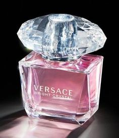 One of Versace's most beloved jewel-fragrances in the world.
