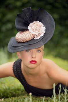 MEMSAHIB-COUTURE-THEATRICAL-MILLINERY- stunning hat