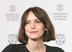 Stacy Martin at the 'The Childhood Of A Leader' premiere at the International Rotterdam Film Festival on February 2016 in The Netherlands. Stacy Martin, Short Bob Hairstyles, Cool Hairstyles, Hair Inspo, Hair Inspiration, Bob Haircut For Fine Hair, Shot Hair Styles, Cut Her Hair, Hair Looks