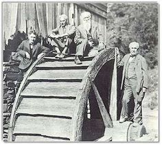 On an ancient waterwheel in West Virginia in Four Vagabonds pose for a cameraman. Left to right are Harvey Firestone, Henry Ford, John Burroughs and Thomas A. Link to Henry Ford Heritage Association Henry Ford, Old Pictures, Old Photos, Vintage Pictures, Ford Motor Company, West Virginia History, Virginia Studies, Interesting History, Le Moulin