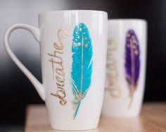 Inspirational Mug-Feather Gifts-Gold Coffee Mug-Turquoise Coffee Mug-Feather Coffee Mug-Unique Gifts For Women-Handpainted Mug Coffee Shop, Coffee Cups, Coffee Coffee, Coffee Time, Biscuit, Frozen Coffee, Diy Mugs, Unique Gifts For Women, Unique Coffee Mugs