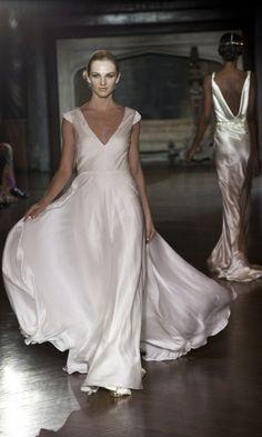 Incredible 'Muse' Silk Wedding Gowns Collection | Weddingomania