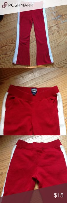 """Roots Sweatpants Roots heavy weight sweatpants. Cozy! Elastic waist.  No drawstring. Slash pockets.  Measurements:  Inseam: 23"""".  Waist laying flat: 12"""".  Does have some stretch.      I don't think these were worn. Roots Bottoms Sweatpants & Joggers"""