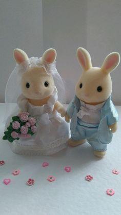 Sylvanian Families Wedding Bride and Groom.