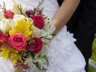 Love and Sunshine Bridal Bouquet by BunchesDirect #bouquet #flowers #wedding http://www.bunchesdirect.com/index.php/Bridal-Bouquets/Love-Sunshine-Bridal-Bouquet.html