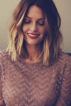 The long bob is kind of like the Goldilocks of hairstyles. It's not too short, it's not too long, it's just right. So, why not add some gold into this perfectly suited hairstyle. Highlighting a brunette long bob will give your new haircut more depth but don't stop there. Rather than a simple long bob …