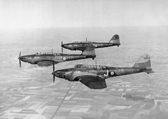 The Royal Air Force in France 1939 - Three Fairey Battle fighter bombers of No 218 Squadron over France. Ww2 Aircraft, Military Aircraft, Air Force Bomber, Ww2 Photos, Ww2 Planes, Battle Of Britain, Royal Air Force, Luftwaffe, Album