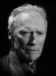 Tal vez el icono de estrellas de cine machistas y una leyenda viviente, Clint Eastwood se ha convertido en un estándar en el cine internacional. Nacido en 193 ...