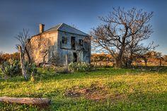 Old_House near Johnson City