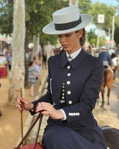 Women's Equestrian, Andalusia, Clothes Horse, Romans, Art Inspo, Panama Hat, Spanish, Glamour, Christian