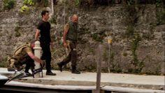 """Burn Notice 5x08 """"Hard Out"""" - Michael Westen (Jeffrey Donovan) & Miles Vanderwaal (David Dayan Fisher)"""