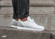 Reebok // Reebok Classic Leather IT (White / Skull Grey / Black)