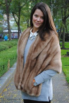Vintage fur stole. Can mine be retrofitted with pockets?