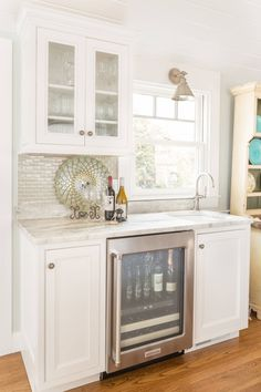 Marvelous This Beautiful Cape Cod, Massachusetts Kitchen Designed By Robin Decoteau  Of Supply New Englandu0027s Kitchen U0026 Bath Gallery And Photographed By Kyle J.