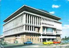 Polytechnic institute Bucharest  (1963-1969) Architect: Octav Doicescu Bucharest, Monuments, Dan, Buildings, Louvre, Mid Century, Mansions, Architecture, House Styles