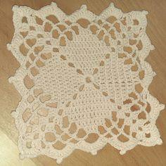 #Motif for #bedspread  و مشوار الألف وحدة يبدأ بواحدة  #crochetaddict #crochetlove  #crochetersofinstagram  #crochet  #crochetporn  #crochetblanket  #crochetbedspread  #crochetmotif #crochetlace  #lace #elegant  #makersvillage  #makersgonnamake  #makersmovement  #كروشيهات  #كروشية  #كروشيه by omniabakr_cr