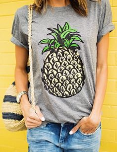 loving this pineapple tee - great Mother's Day gift!