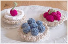 Crochet Vanilla Custard Fruit TartsPDF Pattern by KTBdesigns, $5.00 These would be cut on top of jars for a gift or just for your pantry~!~