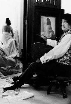 Salvador Dali und Gala modell sitzend, 1965. Werner Bokelberg