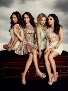 Shay Mitchell (Emily Fields) , Troian Bellisario (Spencer Hastings) , Ashley Benson (Hanna Marin) , & Lucy Hale (Aria Montgomery) - Pretty Little Liars