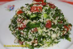 Tabbouleh - Salata de patrunjel Tasty, Yummy Food, Couscous, Cobb Salad, Food And Drink, Mai, Drinks, Diet, Kitchens