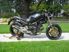 Ducati Monster 900S - Right Side