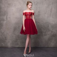 b4b4b2671a Chic   Beautiful Burgundy Cocktail Dresses 2018 A-Line   Princess  Off-The-Shoulder Short Sleeve Appliques Lace Beading Bow Sash Short Ruffle  Backless Formal ...