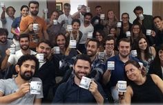 Uma agência quer ser a #1 no ranking da felicidadeda indústria publicitária em Portugal. E decidiu dar o exemplo com um pequeno pacote interno de medidas, que os funcionários adoraram. (foto acima) Pelo bom desempenho de seus colaboradores em 2015, a A FCB está liberandotodos. Leia Mais