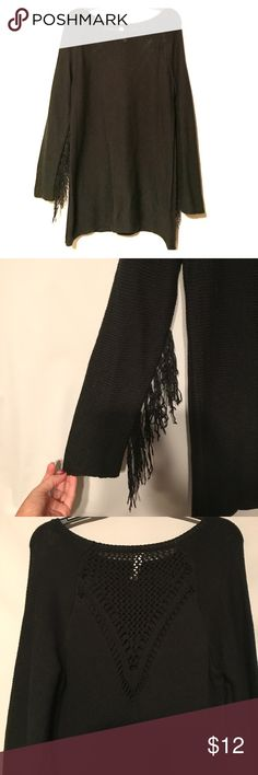 Black sweater with fringe sleeve and back detail Cute black sweater with fridge sleeve detail and back of sweater detail. Never worn and in excellent condition! Sweaters Crew & Scoop Necks