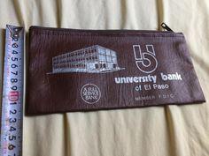 テキサス州エルパソに当時あったユニバーサル銀行の非売品通帳ケースです。レターパック配送予定