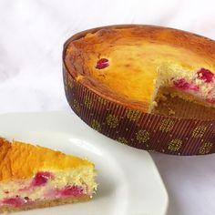 Kipróbált Málnás sajttorta recept a sütnijó.hu-n. A sütnijó.hu-n több száz kipróbált sütemény receptből válogathatsz, és te is felöltheted kedvenc süteményed.