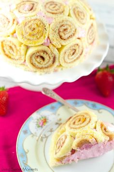 Strawberry Charlotte Royale Cake - This amazing strawberry cake is easy…