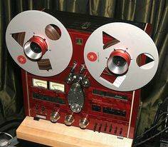 Vintage Audio Technics 1500 open reel tape deck.