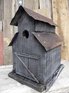 50 Amazing Bird House Ideas For Your Backyard Space. Anyone who enjoys having birds around them will find a bird house inexpensive to build and great fun. Bird house plans come . Bird House Plans Free, Bird House Kits, Bird House Feeder, Rustic Bird Feeders, Bird Aviary, Bird Boxes, Barn Wood, Rustic Barn, Wood Projects