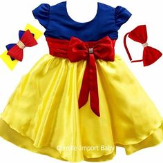 Vestido Infantil Branca De Neve Princesa Luxo Com 2 Tiaras - R$ 84,90 Girls Dresses, Flower Girl Dresses, Summer Dresses, Snow White Birthday, Disney Costumes, Baby Dress, Girl Outfits, Couture, Disney Princess