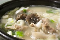 Soondaeguk - Korean pig ear, tripe & blood sausage stew. So delicious!