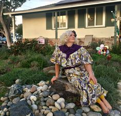 My seventh installment of mySew Retro Sewing Challengewas completed in time to wear at Thanksgiving. It came out beautifully, mostly because of the beautiful print I found and purchased…
