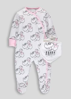 Your little Disney lover will look adorable in this super sweet set. Constructed in 100% cotton with delicate skin in mind, this Minnie Mouse duo...