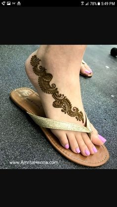 Tattoo Foot Unique Simple 47 Ideas For 2019 Mehndi Designs Feet, Legs Mehndi Design, Henna Art Designs, Mehndi Designs 2018, Mehndi Designs For Fingers, Stylish Mehndi Designs, Wedding Mehndi Designs, Mehndi Design Pictures, Beautiful Henna Designs