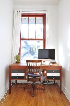 Working From Home? 10 ways to Keep Work and Home Separate | I really like the aroma tip!